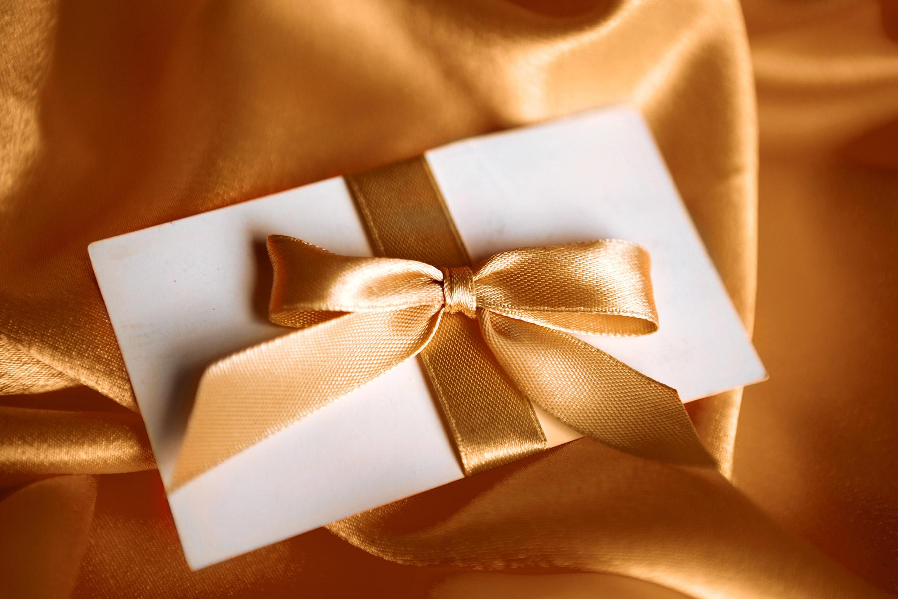 Gift-Certificateshutterstock
